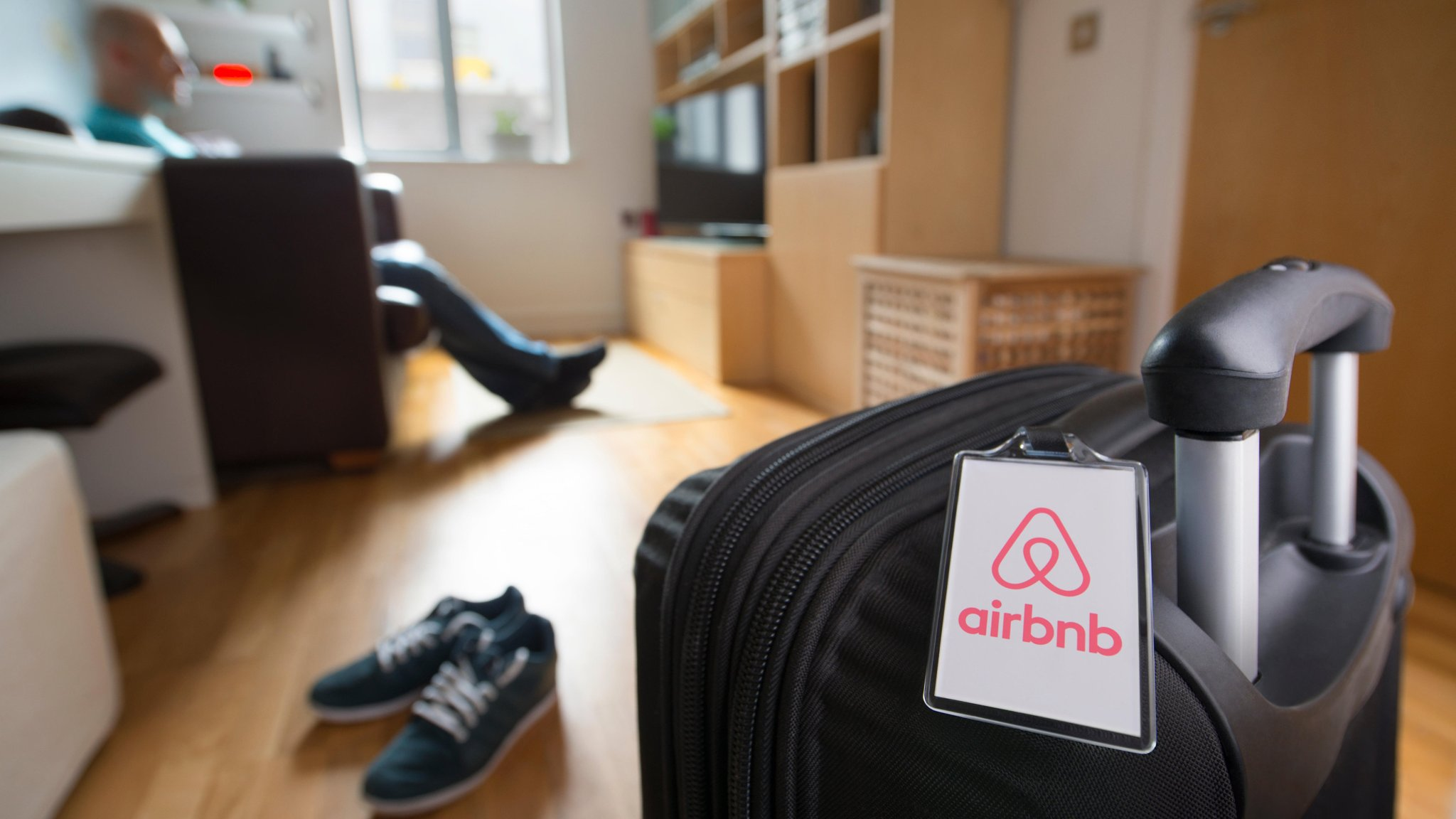 Airbnb Paris 17 Airbnb Faces Tighter Controls In France From Hotel Lobby