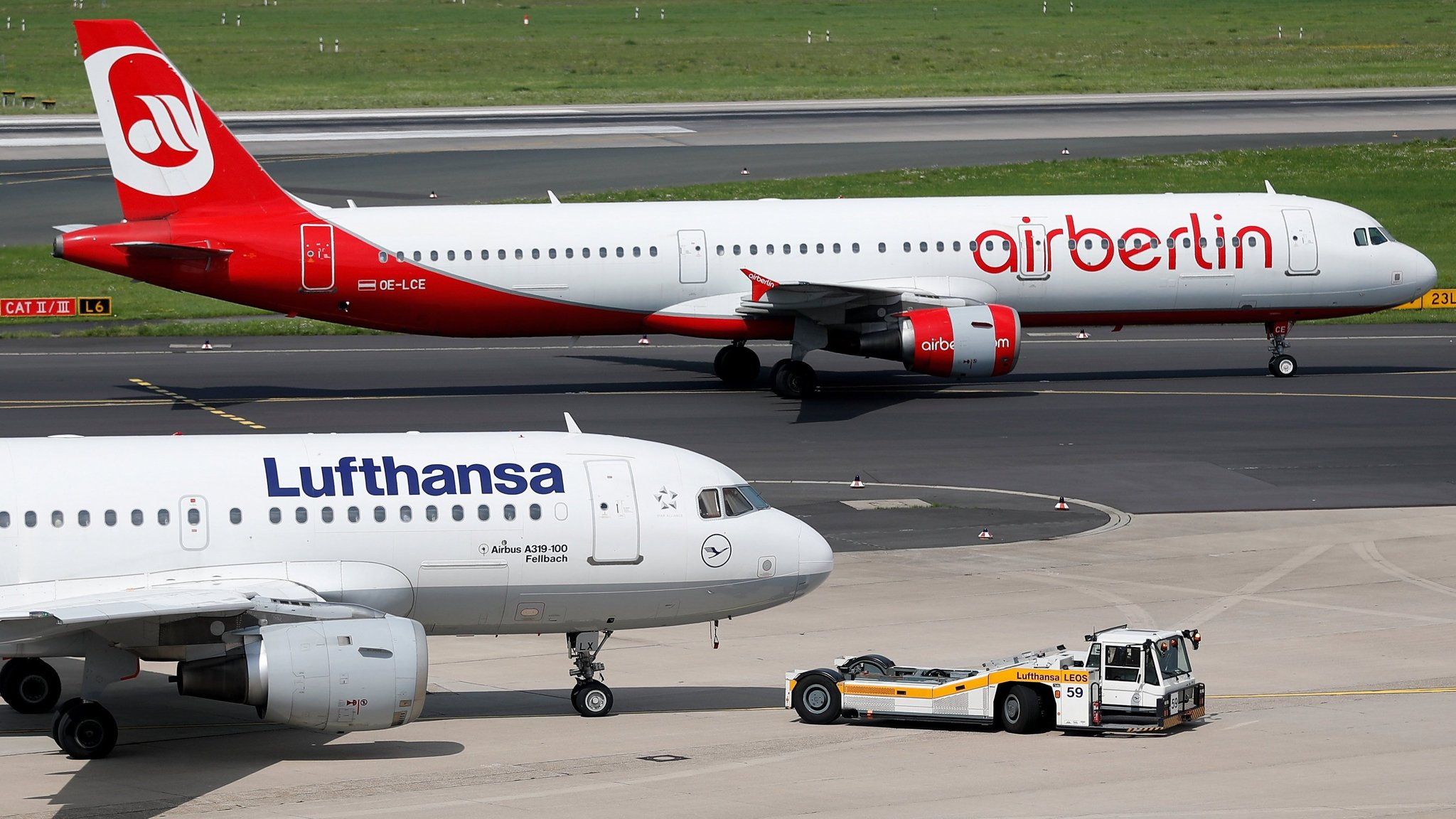 Cash Pool Fellbach Lufthansa To Sign Deal To Buy Half Of Air Berlin Financial Times