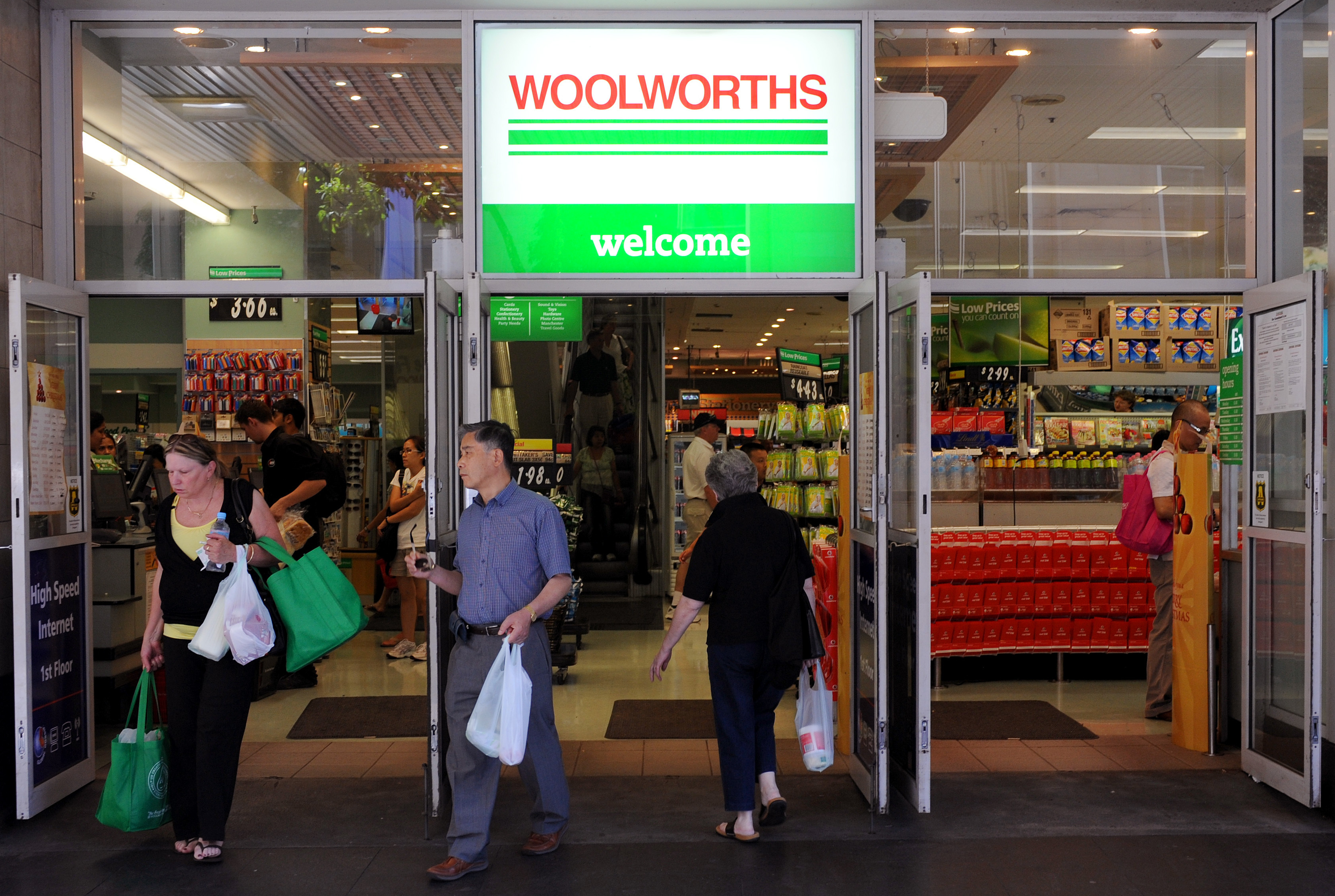 Bag Stores Sydney Woolworths And Coles Stores In Queensland Bring Forward Plastic