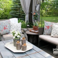 DIY Outdoor Pillows on a Budget