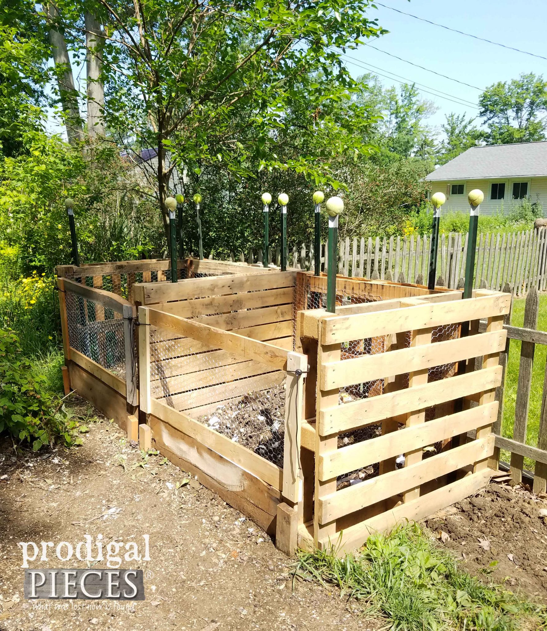 Diy Compost Bin Plans Diy Compost Bin Wood Pallets Diy Unixcode