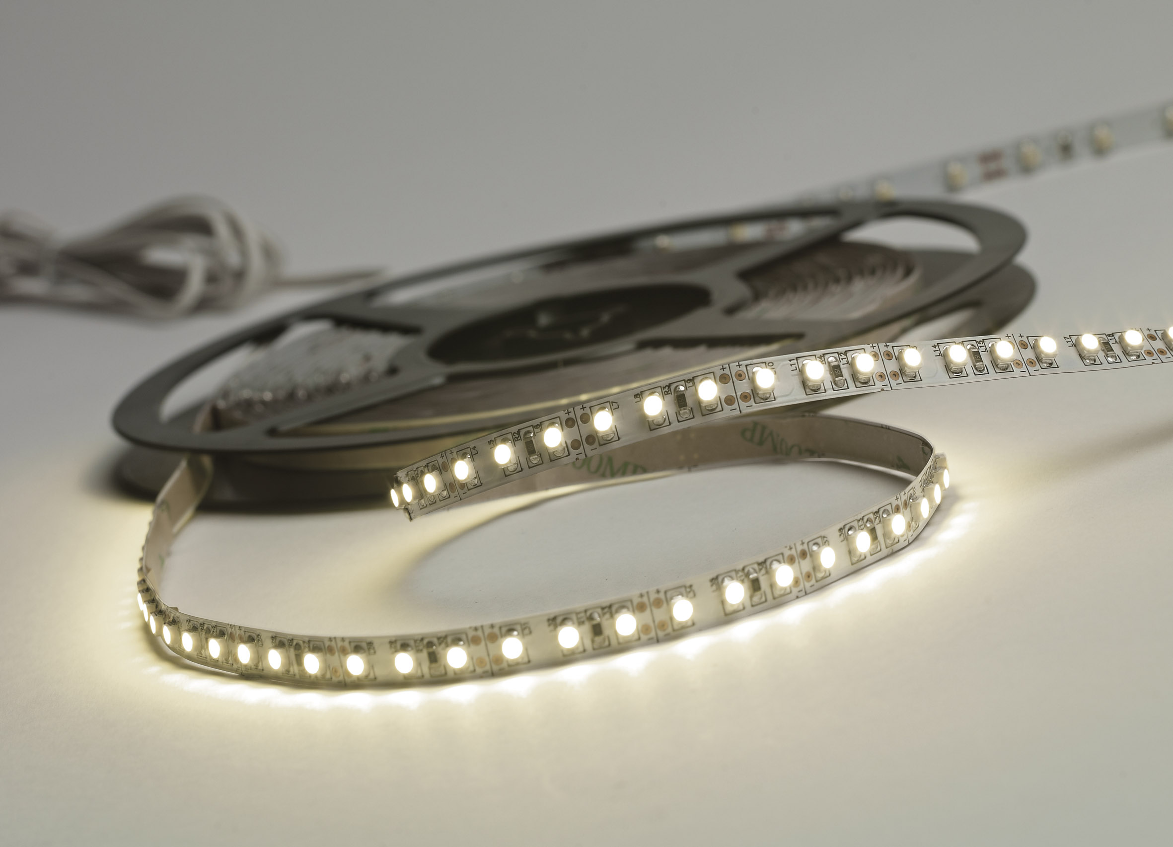 Led Strip 6m 24v 120 Led Tape 8mm Eld Leading Lighting
