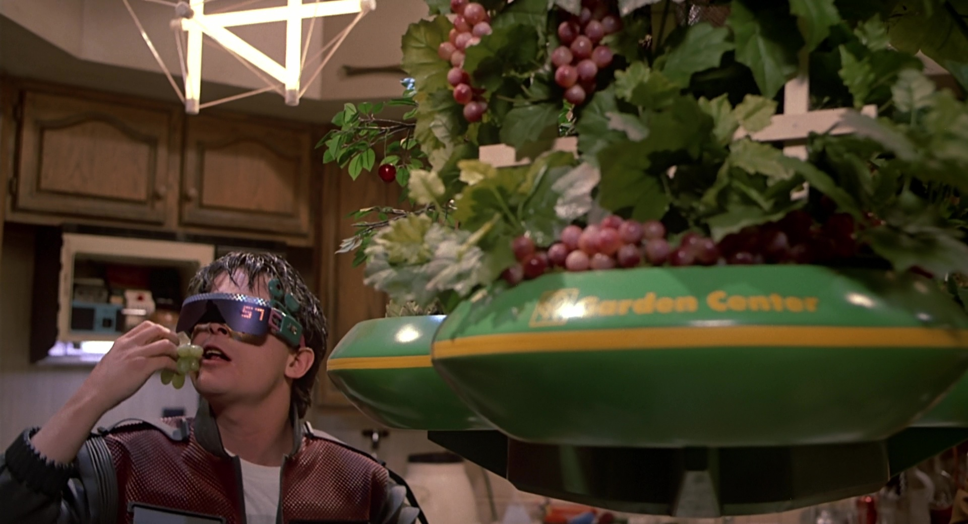 Kitchen Gadget 6 Letters Jvc Virtual Reality Glasses Worn By Michael J Fox In Back