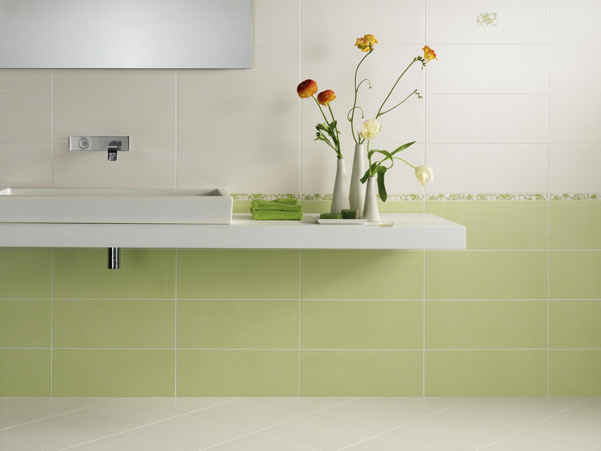 Piastrelle bagno verde smeraldo color now beige ceramic tiles