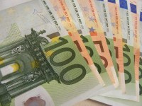 geld euros briefjes 100