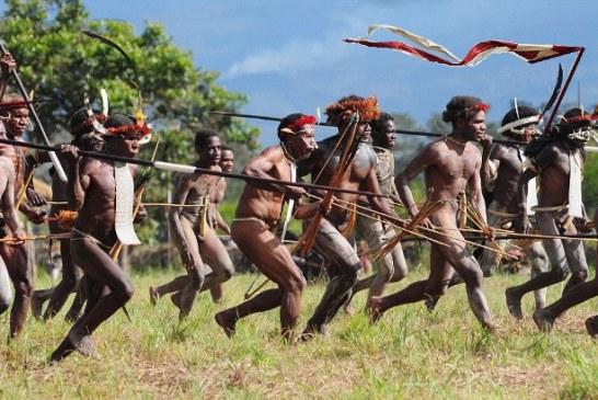 O co konserwosi (plemię PIS) toczy wojnę z moderosami?