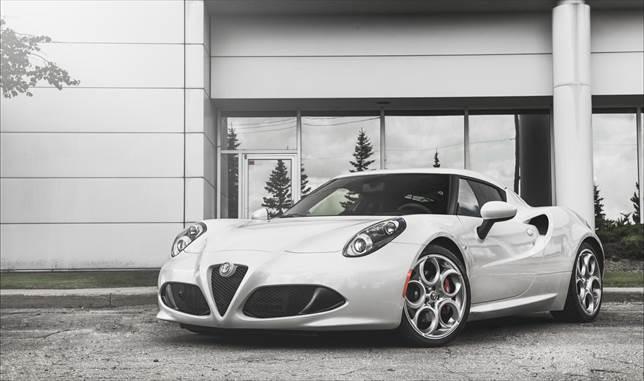 Alfa Bravo Alfa Romeo 4C Review (Part 1) - Tutorials,Articles