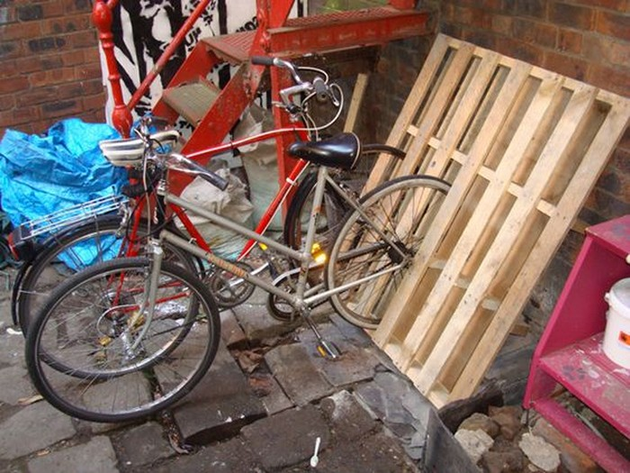 Make Your Own Bike Rack Out Of Pallets Your Projectsobn