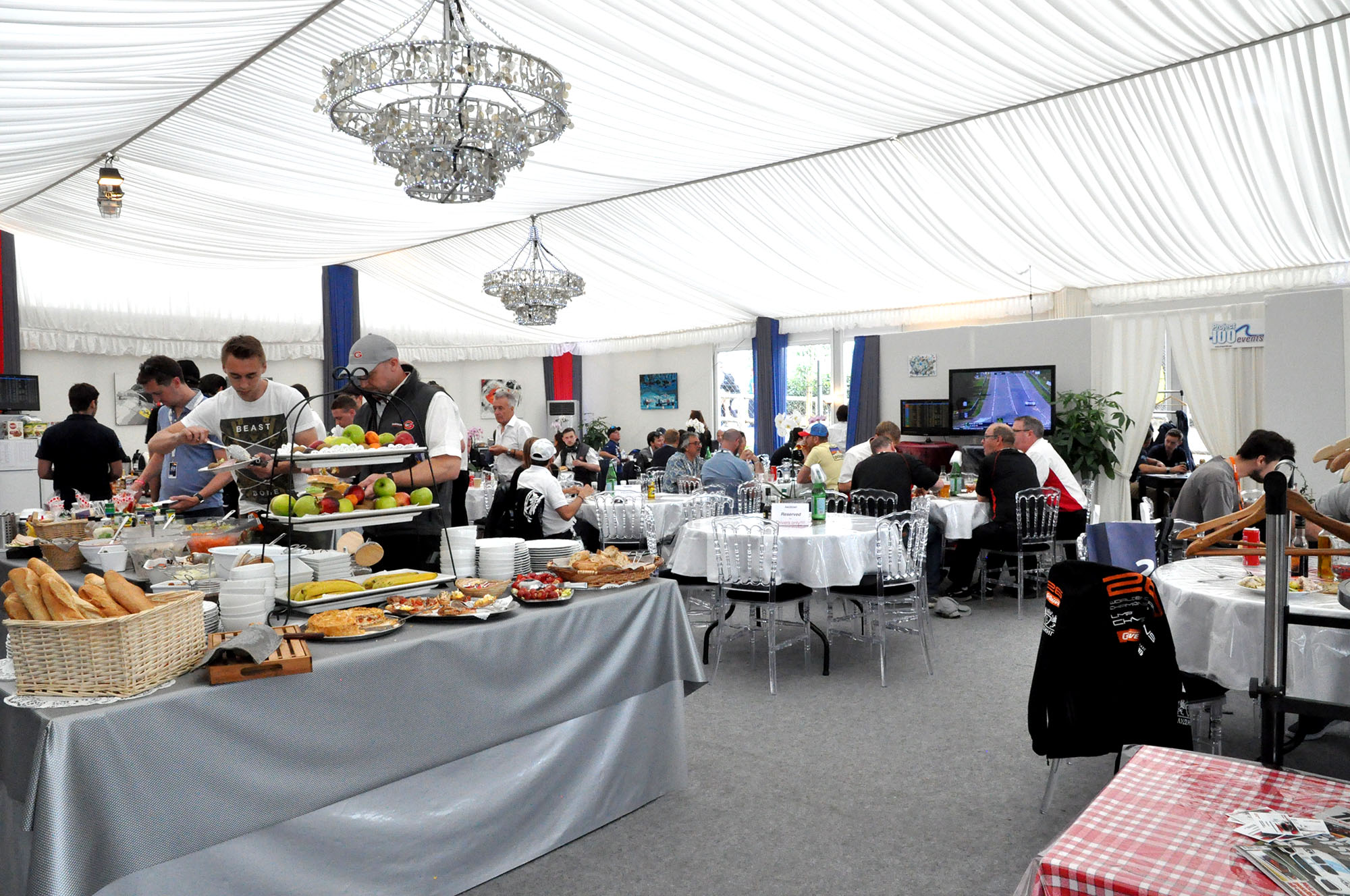 Cuisine Plus Le Mans Le Mans 24 Hours Project 100 Events