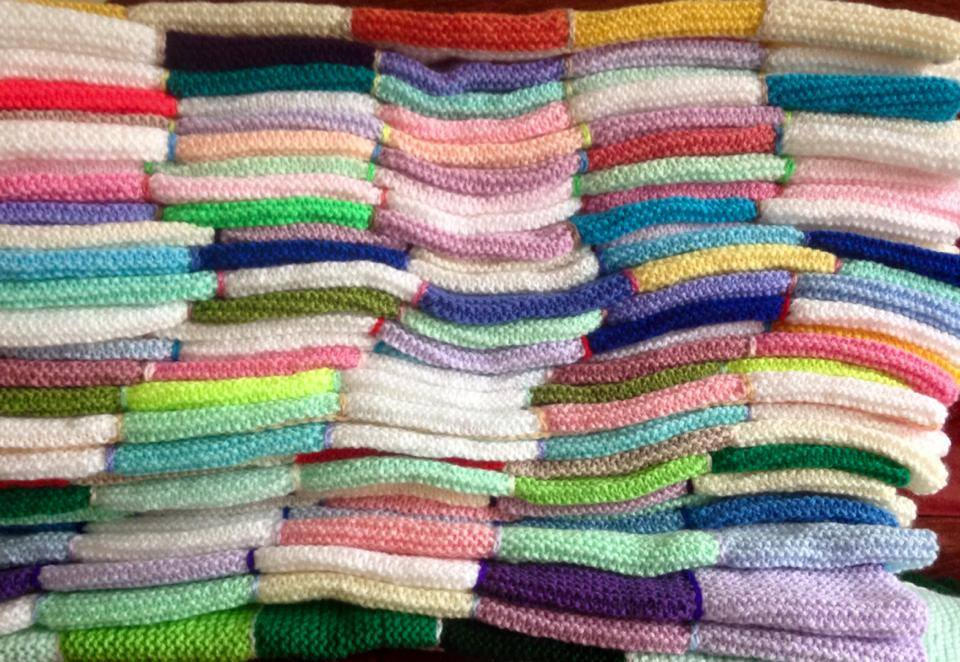 project linus blankets Make a blanket day sign up: number of blankets delivered : 7,022 our chapter opened in february 2013 while most of our blanketeers are students.