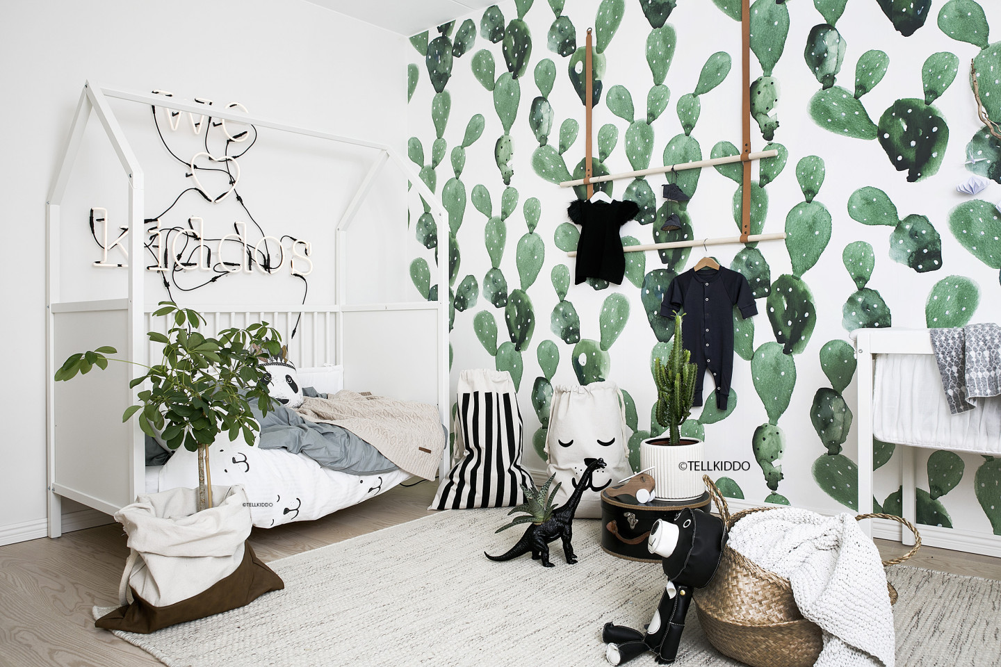 Black And White Wallpaper Bedroom Ideas Trendspotting Crazy For Cacti Project Nursery