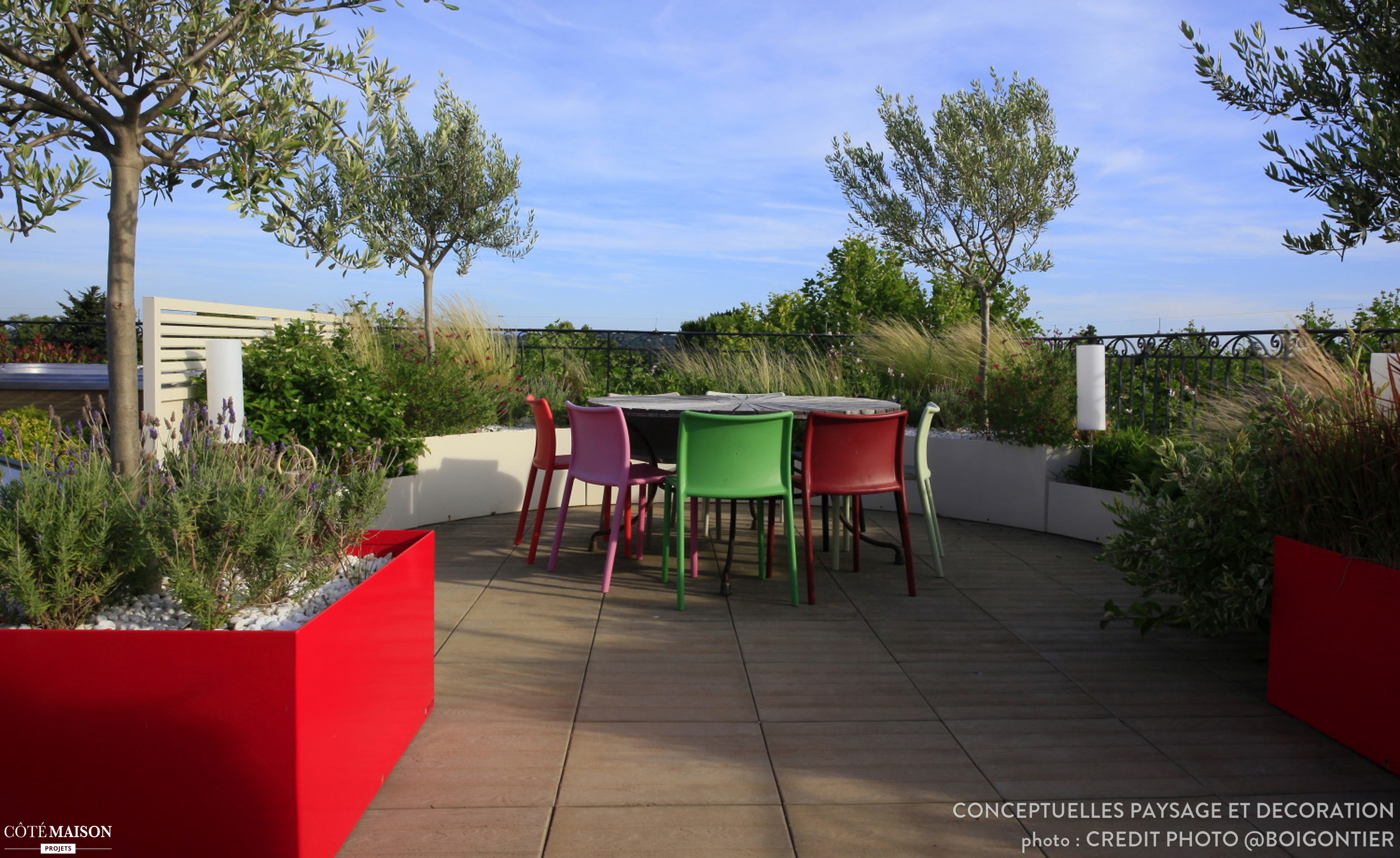 Decoration De Toit Toit Terrasse Pop Et Contemporain En Provence