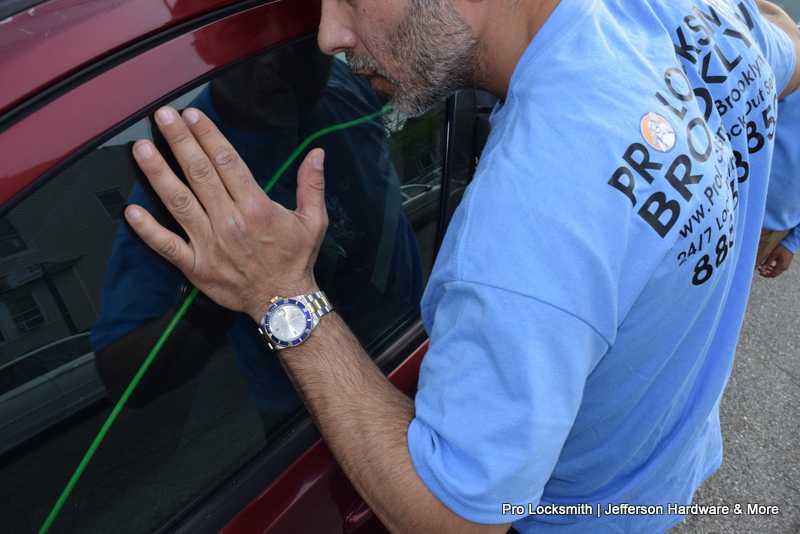 Auto Locksmith (2)