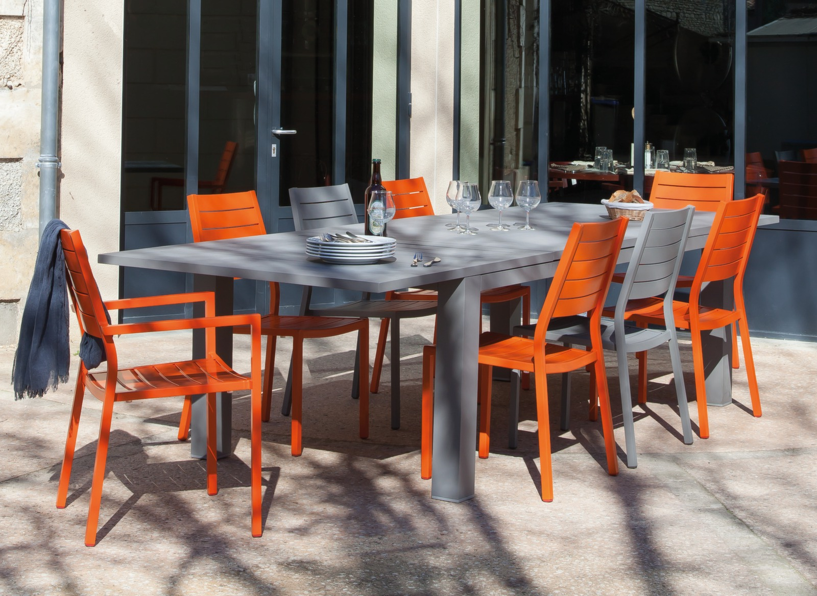Salon De Jardin Oceo | Table De Jardin Aluminium 12 Places Aurore ...