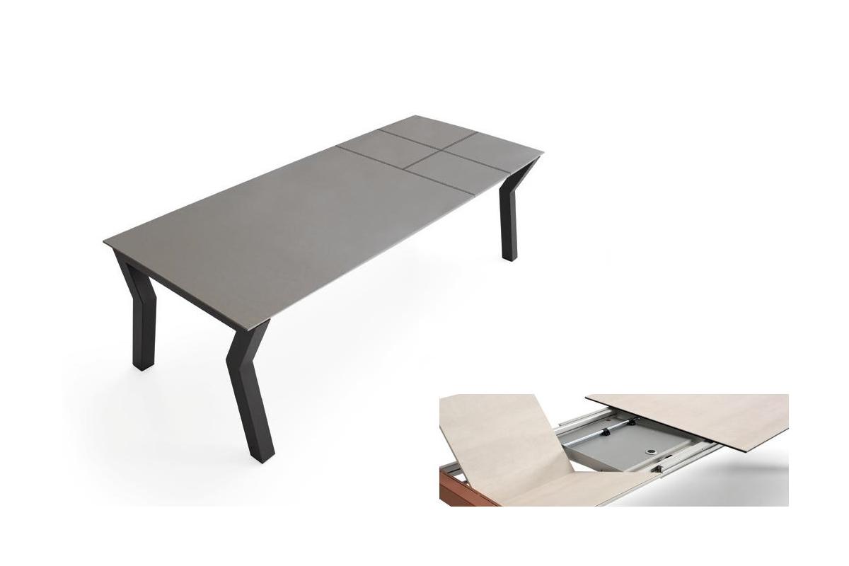 Table Exterieur En Verre