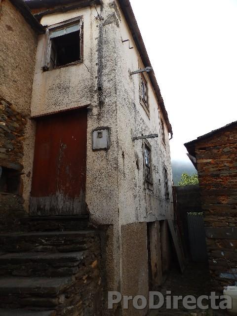 House for renovation Góis