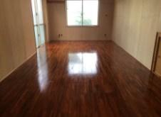 フローリング床のニス塗替え工事
