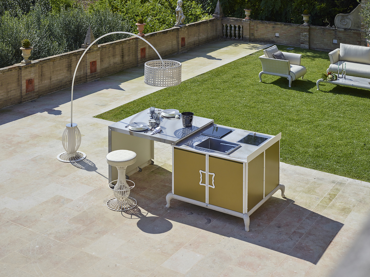 Chill Out Möbel Chill Out With A New Concept Of Luxury Outdoor Living Proudmag