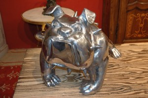 Woof, woof, a little silver piece for dog lovers everywhere