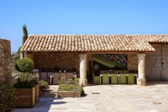 Provence Villa Rental Cabrieres D'Avignon