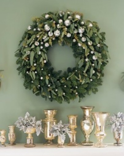 Olive tree and pearl wreath