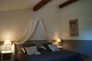 Font Alba bedroom