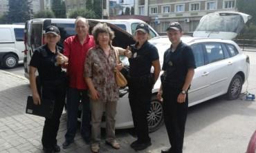 Патрульні допомогли іноземцеві в Тернополі