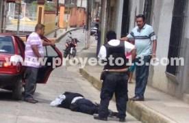 Asaltan Caja Zongolica, muere un policía del IPAX