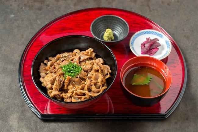 「牛カルビ丼」:917円(+税)