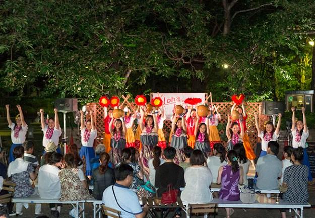 ハワイアン・ミュージック&ダンスステージ