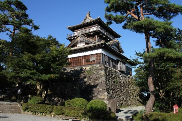 現存する天守閣では最古の建築様式で建てられた丸岡城