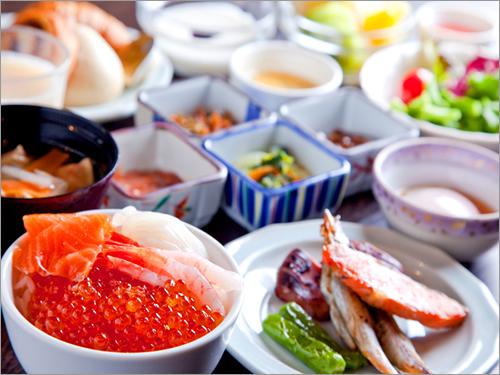 ラビスタ函館ベイの朝食一例。海の幸たっぷりの朝食ビュッフェは宿泊者限定!