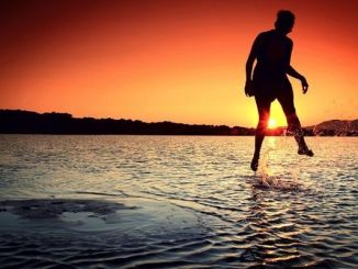 Cinco Hábitos Negativos que Causan Infelicidad
