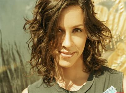 alanis-morissette-3-high