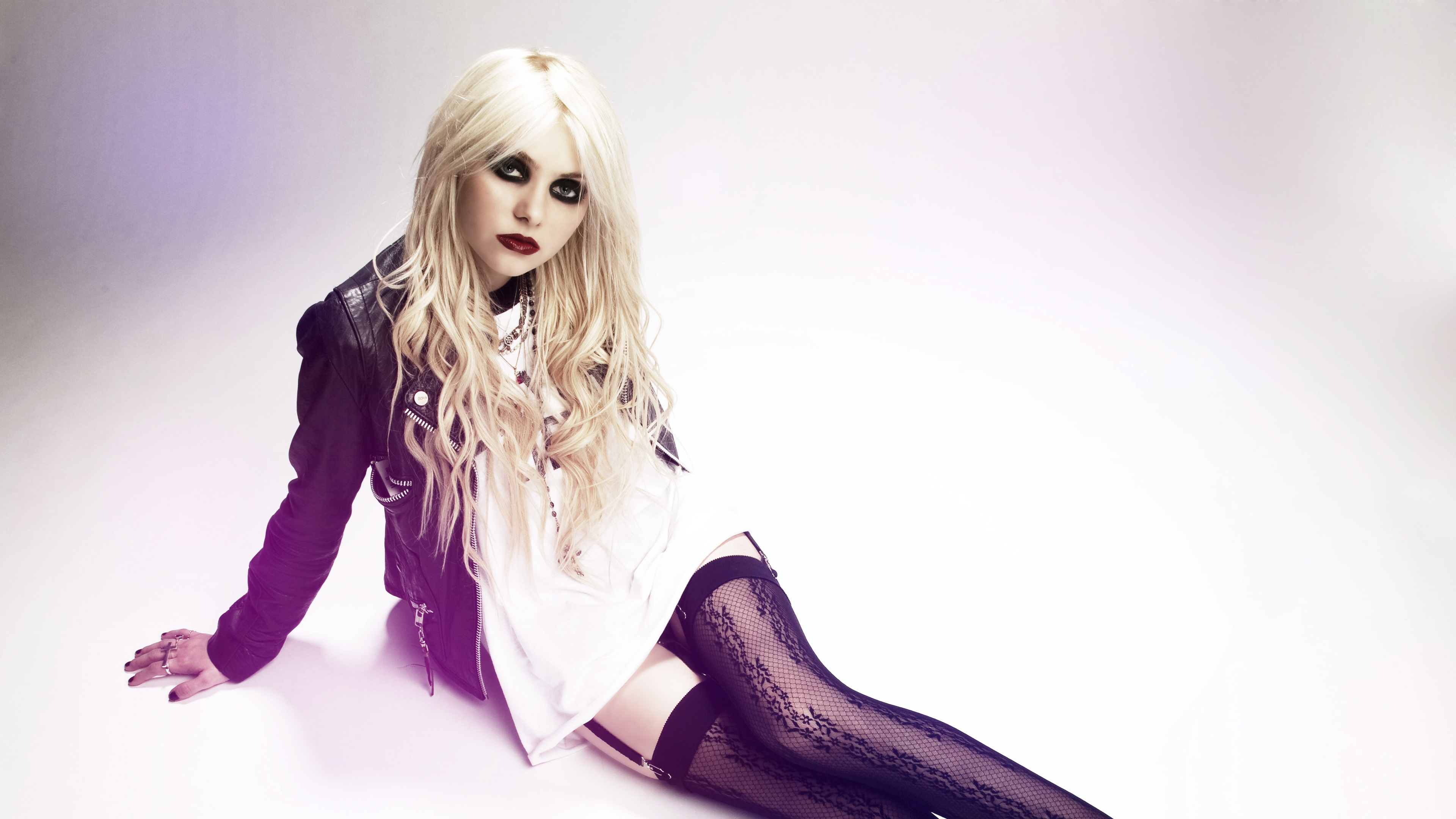 Best Iphone 4s Wallpapers Hd Pap 233 Is De Parede Taylor Momsen The Pretty Reckless