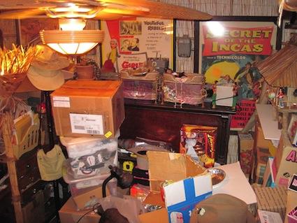hoarder-room
