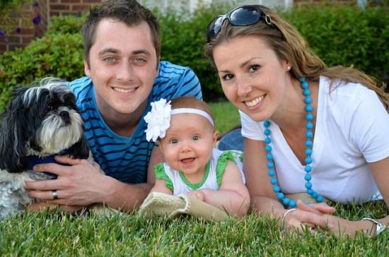 Happy Family Buy Life Insurance
