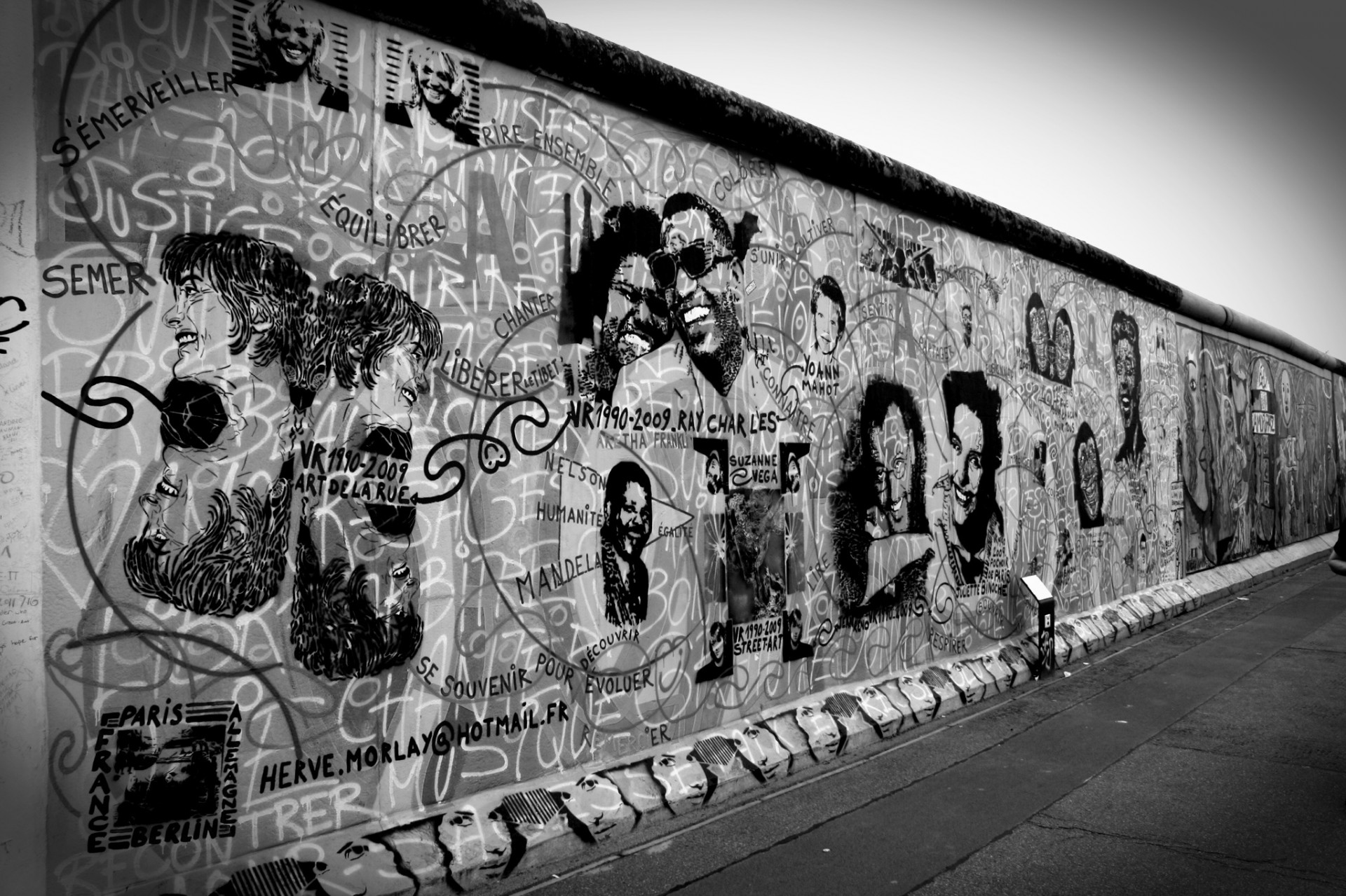 Antik Style Berlin Berlin Wall Free Stock Photo Public Domain Pictures