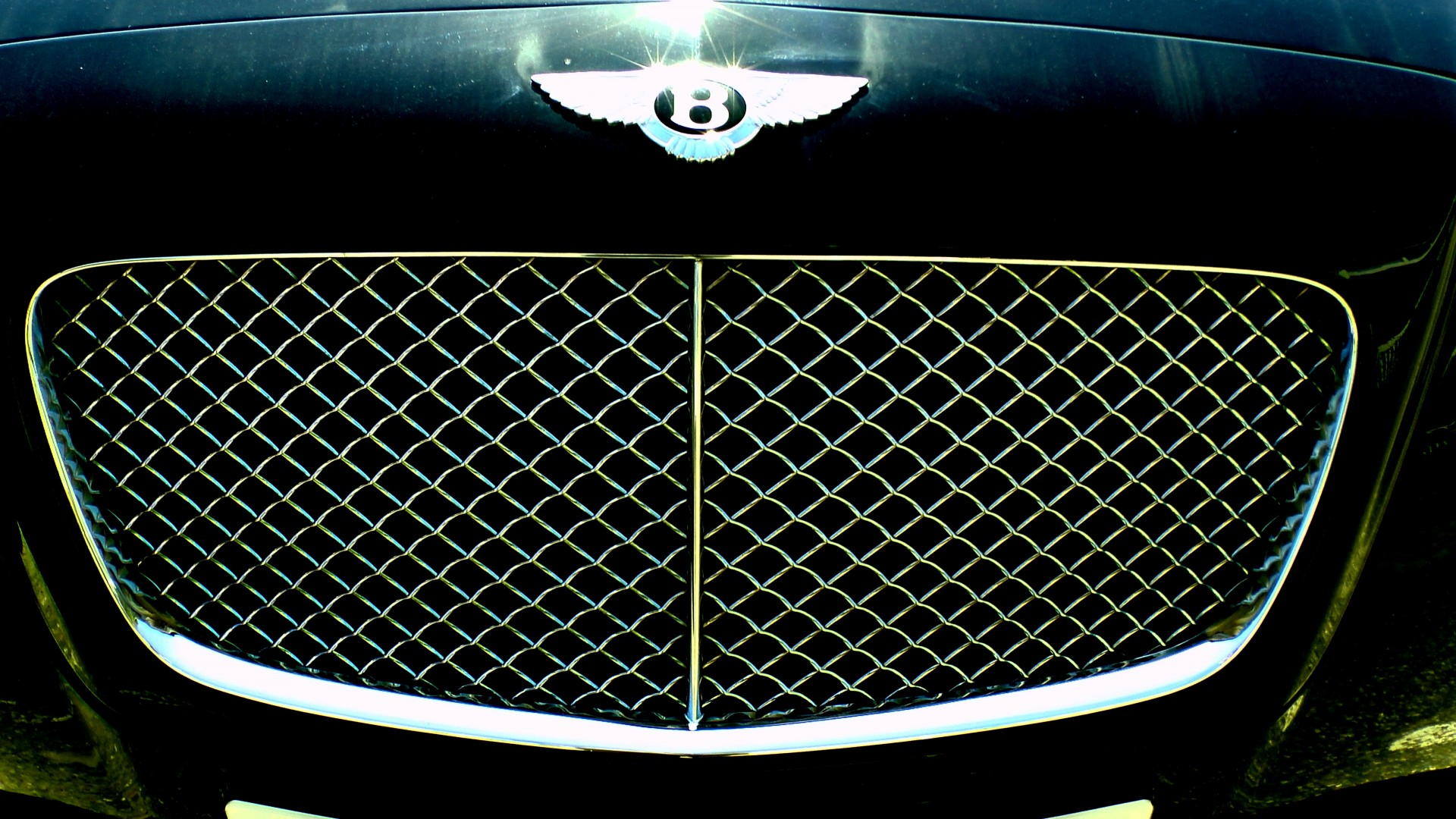 Car Grill Bentley 2 Door Coupe Car Grille Free Stock Photo - Public