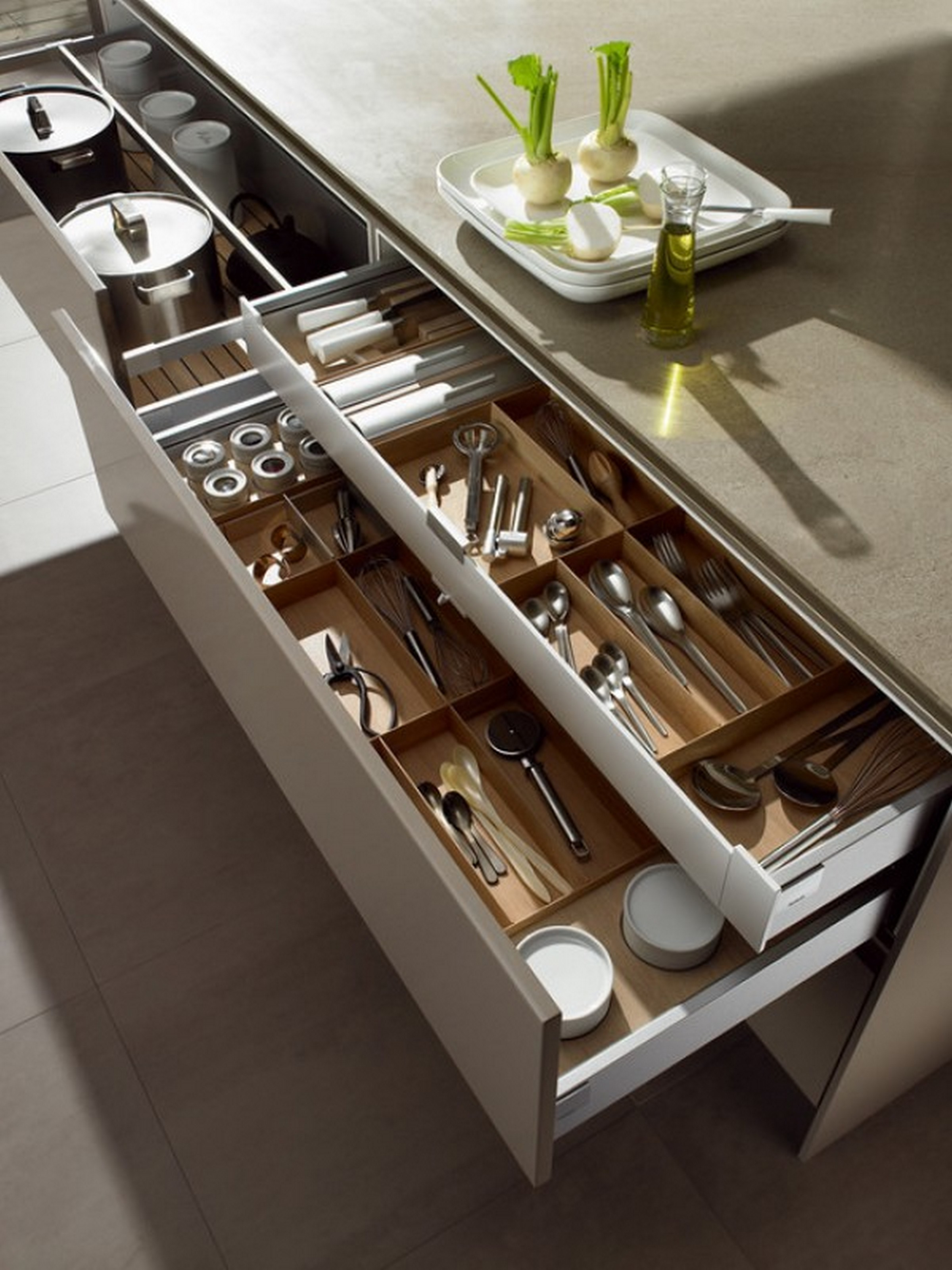 Kitchen Cabinet Drawer Organizers Tips For Perfectly Organized Kitchen Drawers Pulp Design
