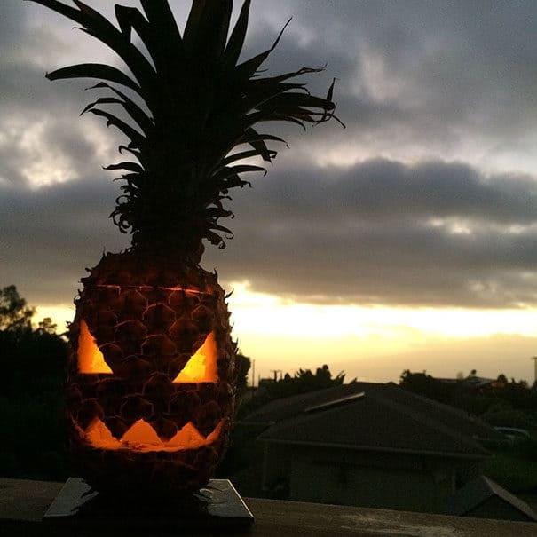 57fb3fd0c4a70 - Forget Pumpkins, Pineapple Jack O' Lanterns Are The Latest Hallowe'en Trend