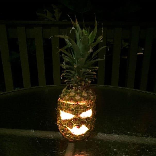 57fb3fd1e0da5 - Forget Pumpkins, Pineapple Jack O' Lanterns Are The Latest Hallowe'en Trend