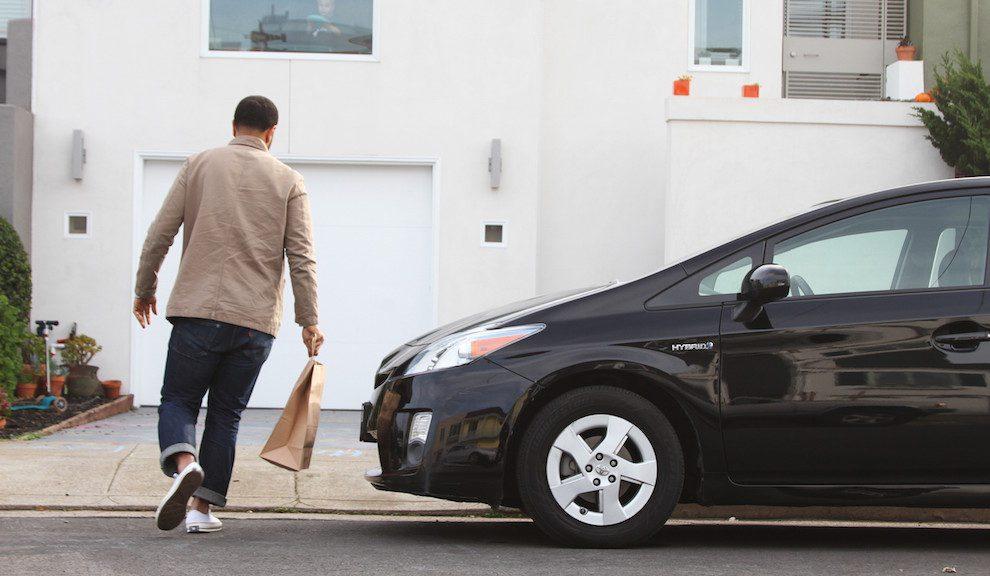 Uber lanza ofensiva global en la entrega de comida a domicilio