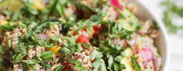 Summer Vegetable Quinoa Salad with Dijon Shallot Vinaigrette {vegan, gluten free} // pumpkinandpeanutbutter.com