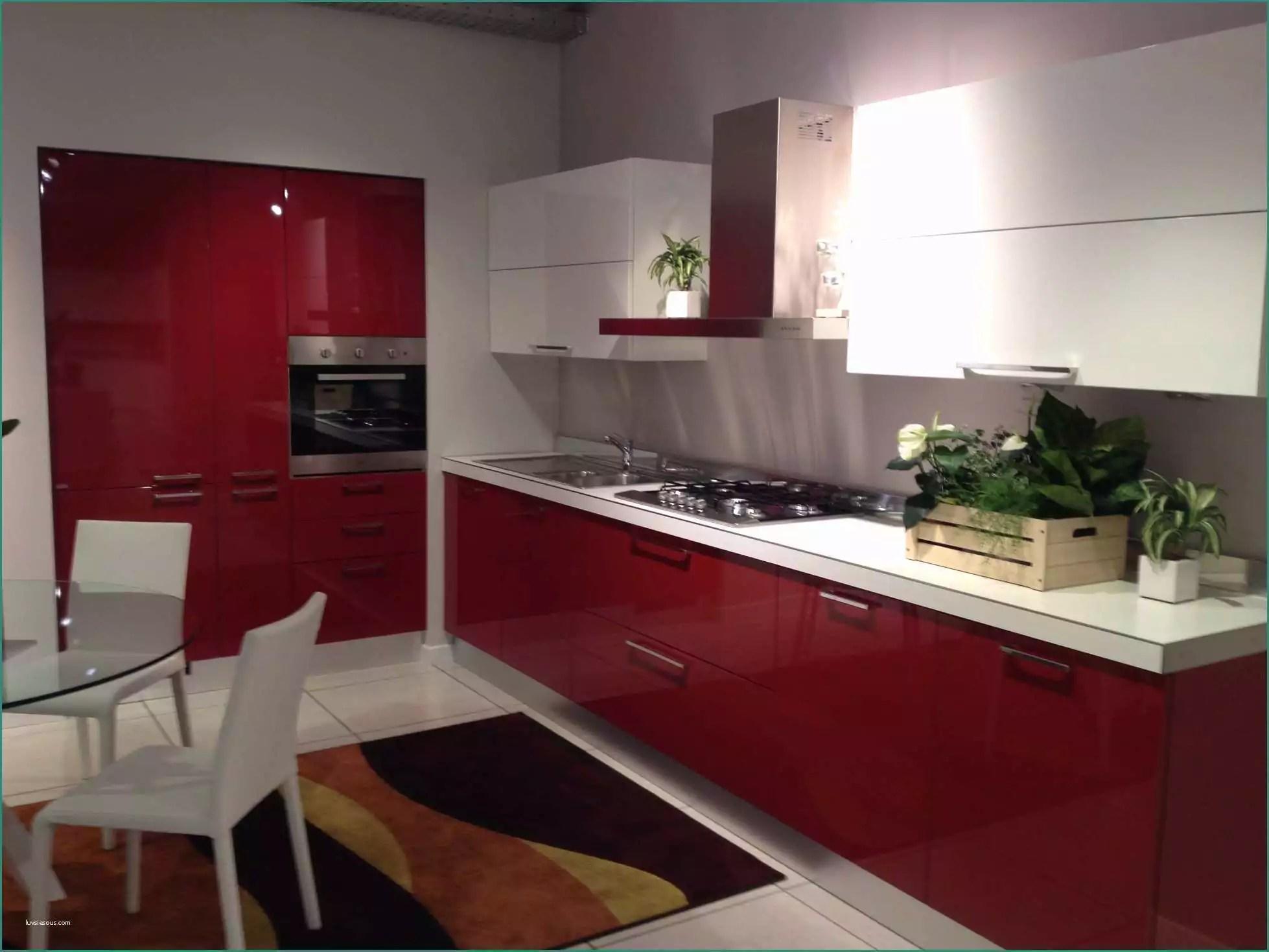 Cucina Scavolini Rossa