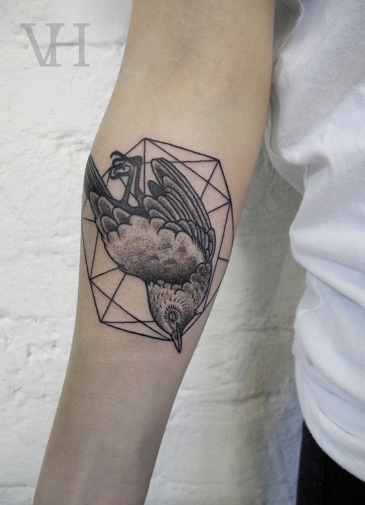 Hirsch Tattoo Symbolism. Swallow | Inkspiration