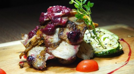 BRAZZO CASCADES: Gastropub, Steakhouse, Wine Bar
