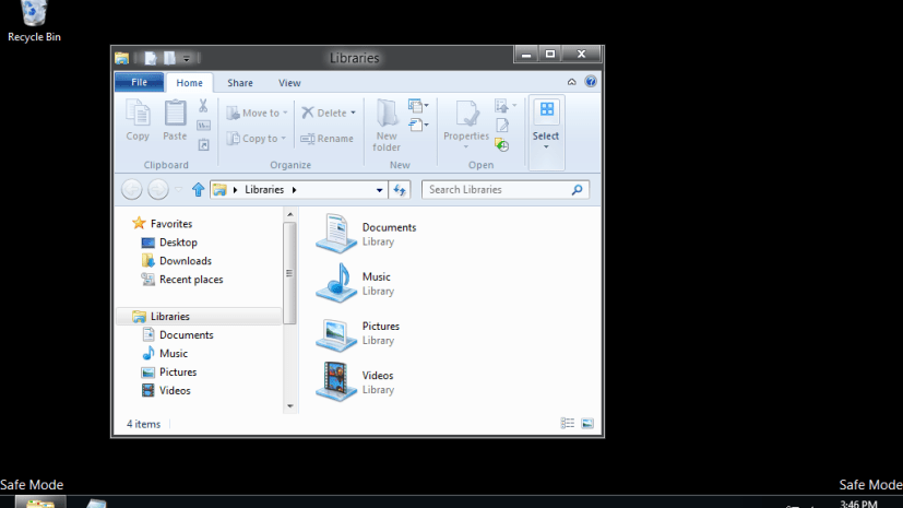 Safe Mode - Windows 8 Desktop