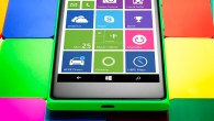 Windows Phone with multi color background