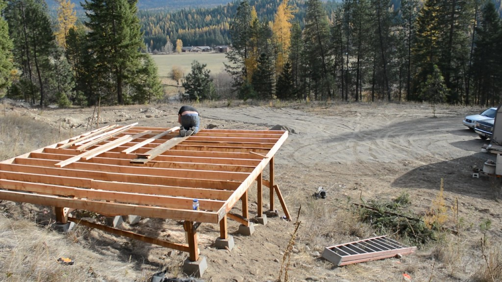 4 Lessons From Milling Lumber With A Homemade Chainsaw Mill